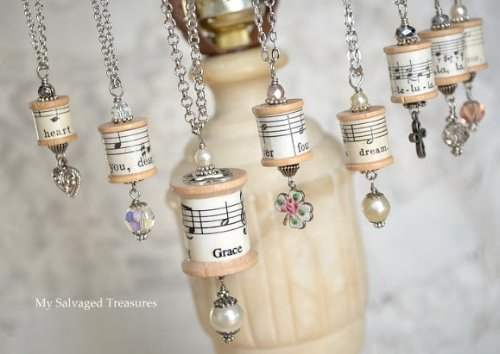 Spool necklaces from mysalvagedtreasures.com