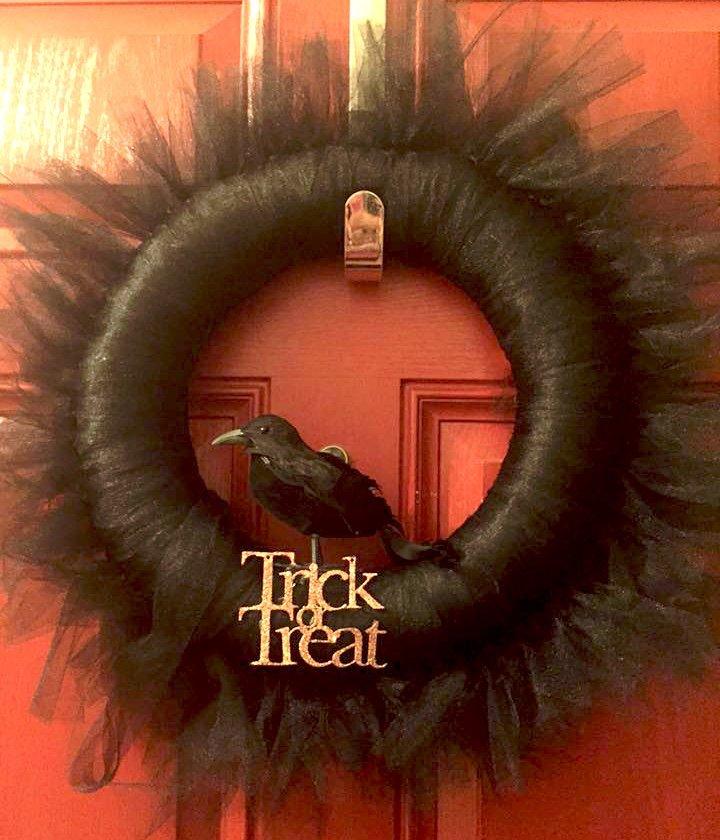 black raven Halloween wreath with black tulle