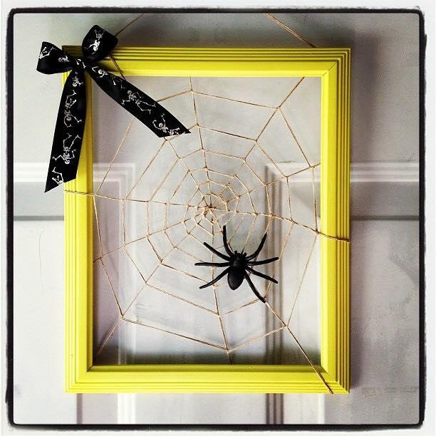bright yellow square spider Halloween wreath