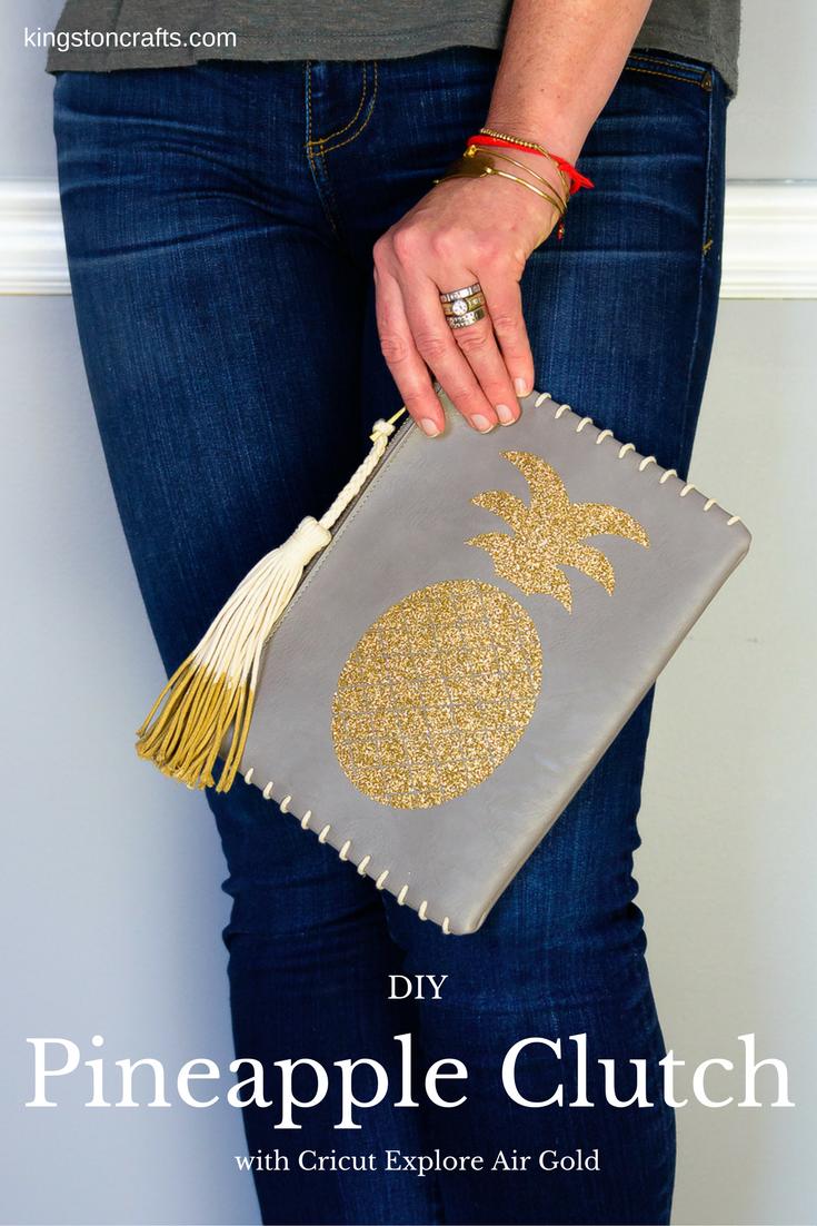 Cricut Explore Gold - DIY Glitter Pineapple Clutch