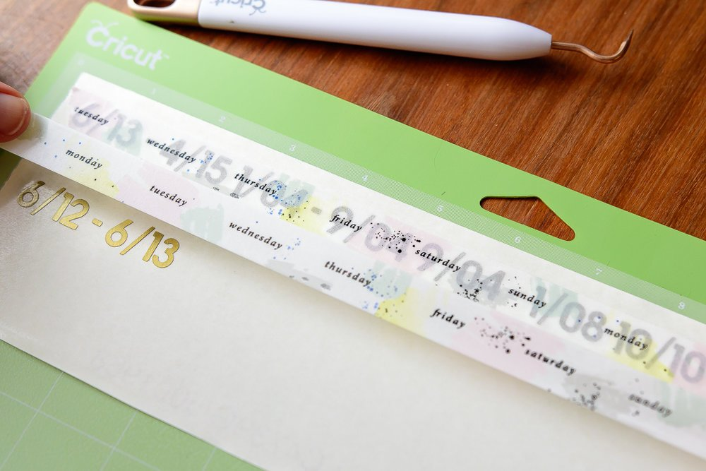 add washi tape to dates
