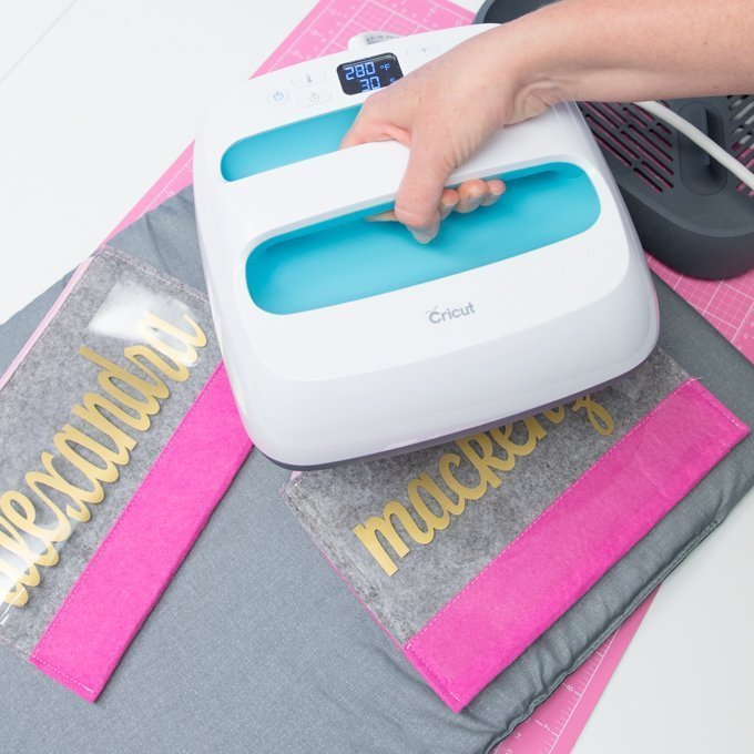 use easypress to apply iron on to pencil pouch