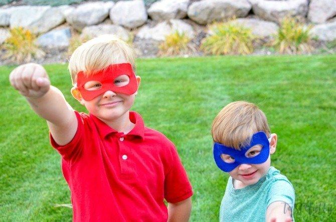 DIY felt masks from Tastefully Frugal