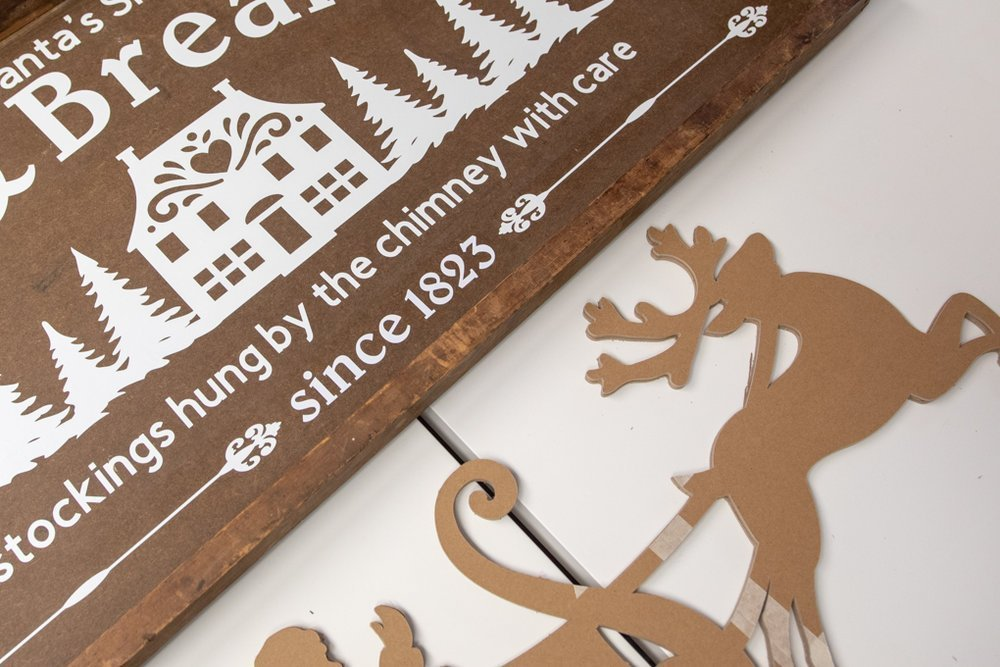 bed & breakfast chipboard sign