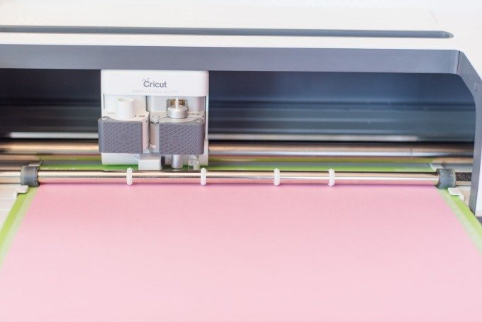 Cricut machine cutting flower paper images