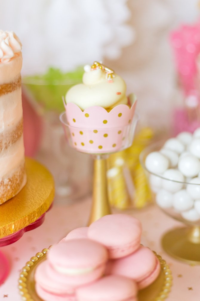 Gold cupcake stands and mini cake stands painted gold for dessert buffet or candy table - Kingston Crafts