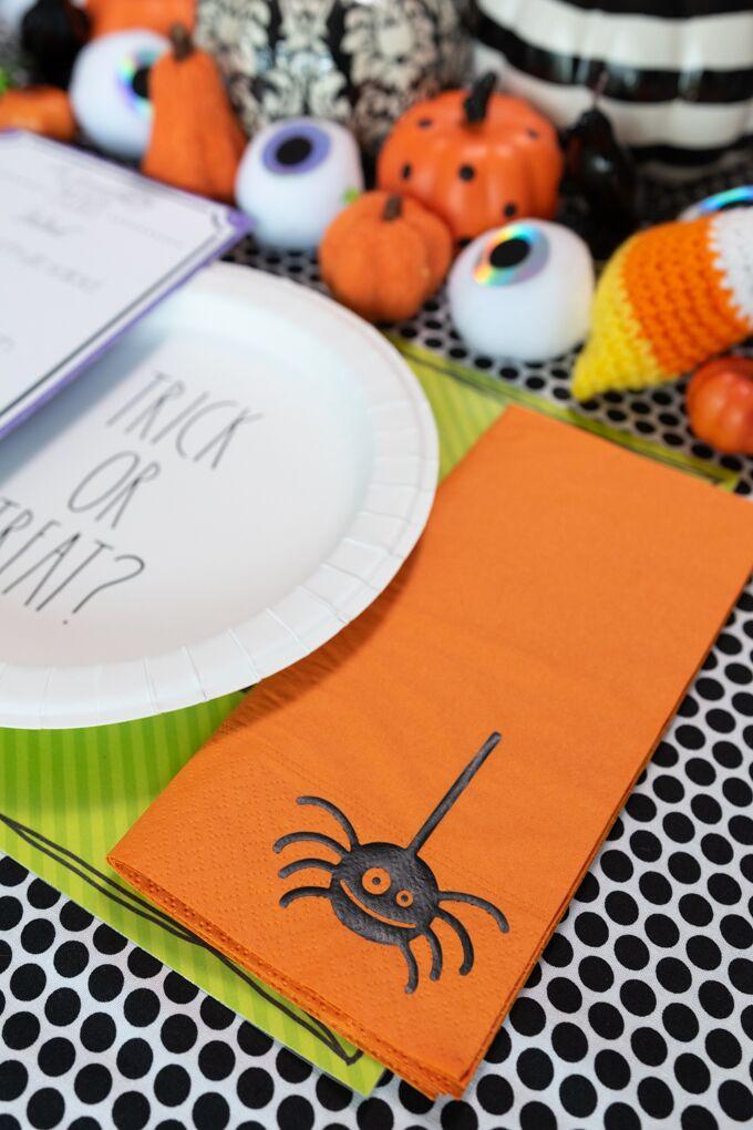 spider napkin made with cricut