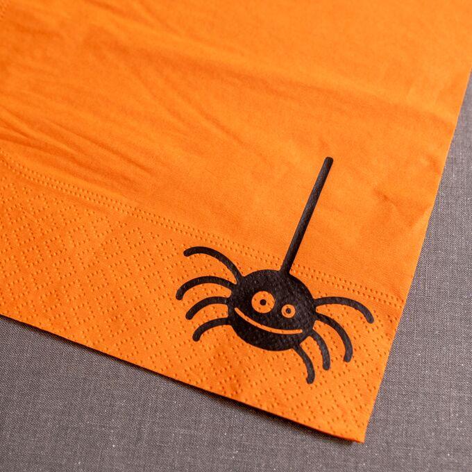 remove liner on spider napkin