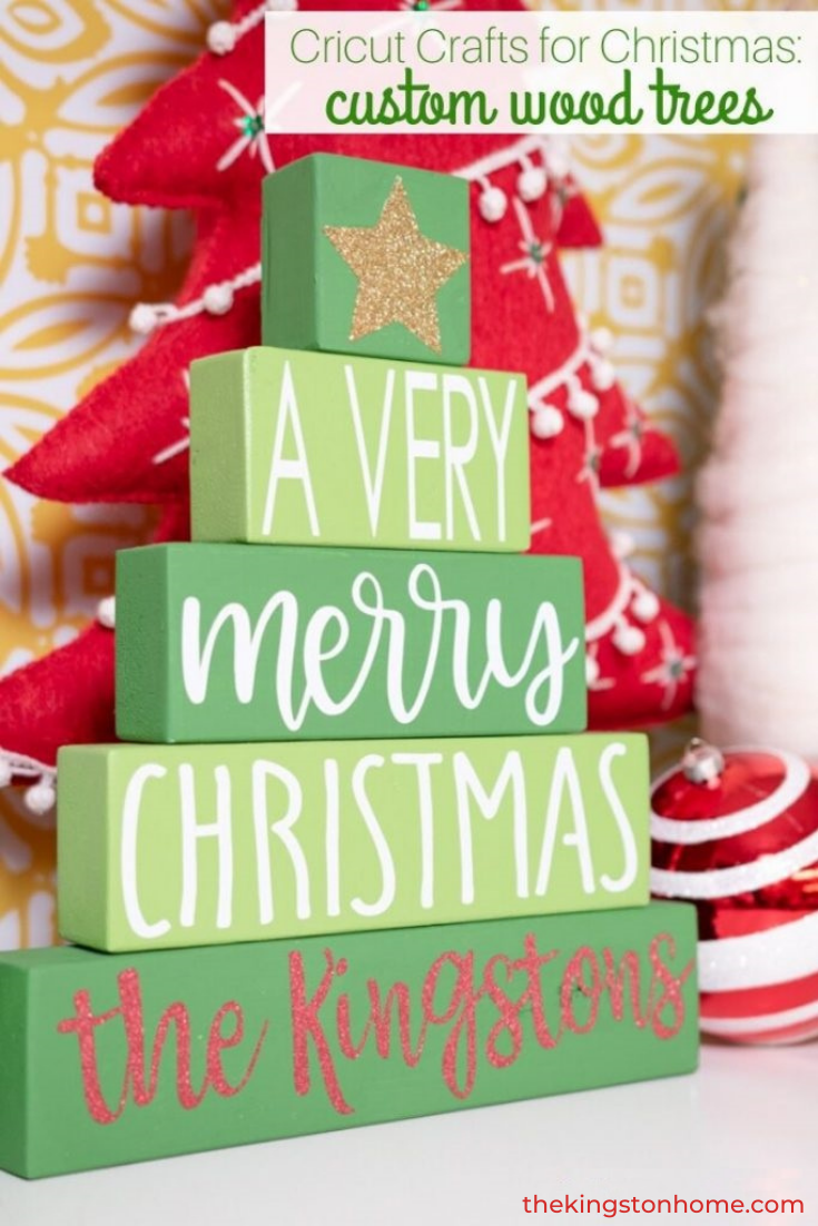Cricut Crafts for Christmas Custom Wood Trees - The Kingston Home: Looking for easy Cricut crafts just in time for Christmas? With one piece of wood and your Cricut machine you can create an inexpensive custom home decor piece that anyone would treasure! via @craftykingstons