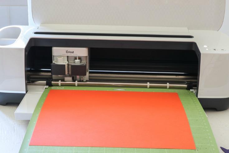 paper in cricut machine