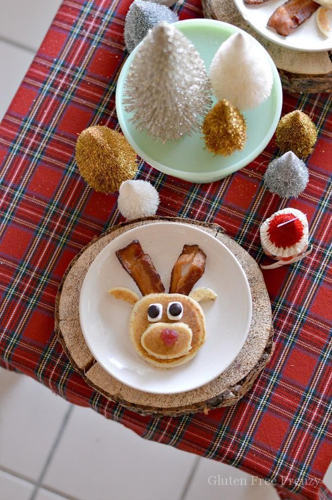 Mini Reindeer Pancake Pancakes