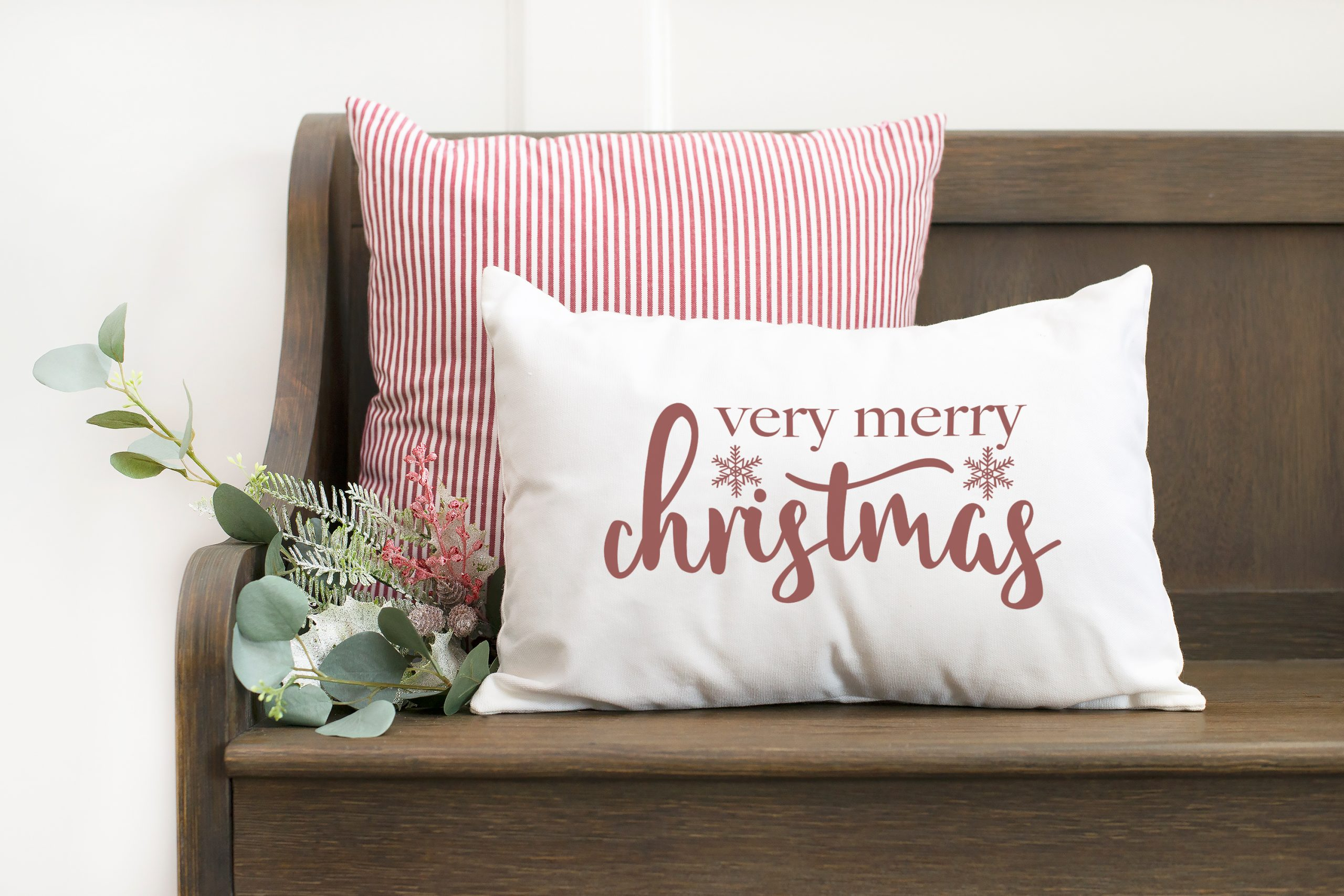 Christmas Bench Pillow with very merry text