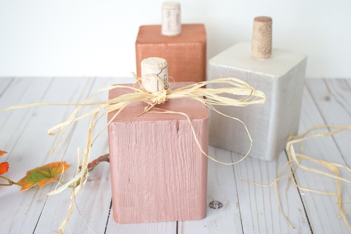 wooden block with raffia
